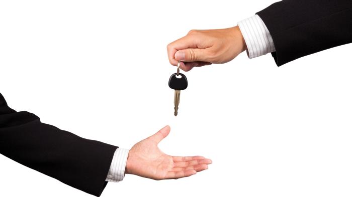 car-key-handover-e1444251050708
